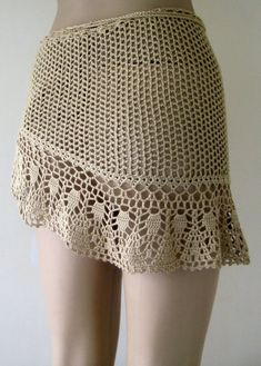 Crochet pareo camel's hair color cover up crochet pareo Crochet Skirt Pattern, Crochet Skirts, Crochet Clothes, Mode Crochet, Crochet Lace, Crochet Stitches, Bikinis Crochet, Crochet Cover Up, Haut Bikini