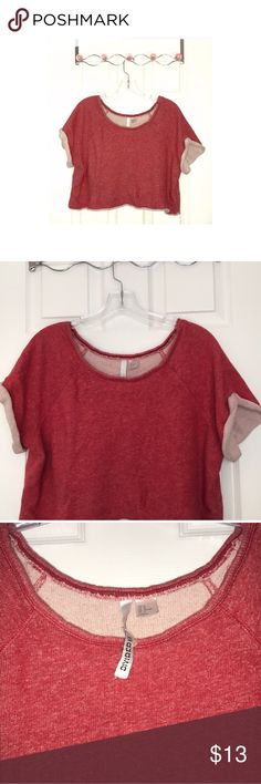 H&M cropped sweatshirt Red short sleeve crew neck - cropped cotton hoodie.. excellent condition .. athletic & cute H&M Tops Crop Tops