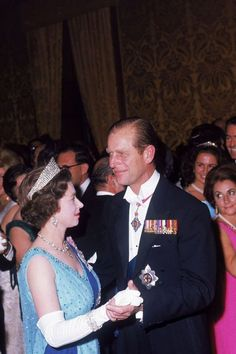 1967 Queen Elizabeth and Prince Philip share a dance at a state ball at the palace in Valetta during a royal visit to Malta in the Fall of Young Queen Elizabeth, Elizabeth Philip, Princess Elizabeth, Young Prince Philip, Prince Phillip, First Color Photograph, Trooping Of The Colour, Wedding Anniversary Celebration, Royals