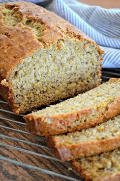 Quinoa Banana bread - it's extra special and healthier with the addition of quinoa. Start your morning with some comfort food with an extra umph! Banana Quinoa Bread, Banana Bread Recipie, Flours Banana Bread, Tasty Bread Recipe, Easy Banana Bread, Bread Recipes, Baking Recipes, Paleo Recipes, Recipe Using Quinoa