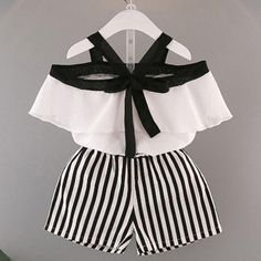 Baby clothes should be selected according to what? How to wash baby clothes? What should be considered when choosing baby clothes in shopping? Baby clothes should be selected according to … Baby Outfits, Baby Girl Dresses, Toddler Outfits, Baby Dress, Kids Outfits, Casual Outfits, Casual Clothes, Baby Girls, Baby Boy