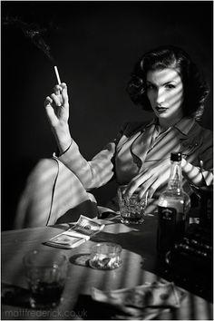Film Noir - Portrait - Smokey - Black and White Photography Beau Film, Foto Portrait, Portrait Photography, Photography Lighting, Photography Ideas, Smoking Vintage, Office Film, Film Noir Fotografie, Smoking Noir