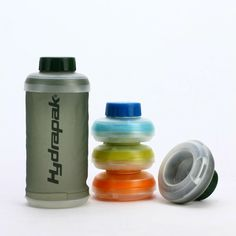 The Hydrapak Stash with innovative molded top and bottom snaps together for easy storage. To use, simply squeeze to release, remove screw-cap, and fill.