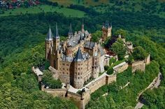 The lovely Hohenzollern Castle located in Burg Hohenzollern, Germany Real Castles, Beautiful Castles, Beautiful Places, Chateau Medieval, Medieval Castle, State Parks, Germany Castles, Historical Architecture, Germany Travel