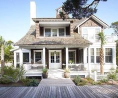 Some day we will have a beach house. I will live in a beach house. I ideas de casas interior design Beach Cottage Style, Coastal Cottage, Coastal Living, Coastal Style, Coastal Decor, Cottage Living, Beach Cottage Exterior, Living Room, Modern Cottage