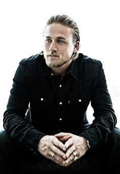 Charlie Hunnam- Gallowglass Check out the website, some girl tried a new diet…