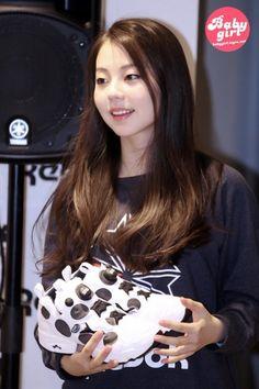 Sohee Wonder Girl, Seductive Women, Ulzzang, Idol, Face, Beauty, Girls, Reebok, Korean