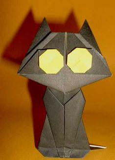 Origami Cat by Eiji Tsuchito folded by Gilad Aharoni