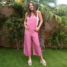 Y vosotras, ¿cómo vais a combinar vuestro nuevo peto @kukofficialshop este #verano? 💗💫  😊Pedidos #RebajasKUK: info@kuk.es 👉www.kuk.es👈 Jumpsuit, Pants, Dresses, Fashion, Spring Summer 2018, Overalls, Trouser Pants, Vestidos, Moda