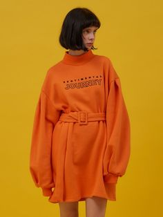 Fashion Hacks Pants 40 Soft, Comfy and Stylish Sweatshirt To Try Asap Fabtrendco Sport Fashion, Fashion Show, Girl Fashion, Womens Fashion, Mode Streetwear, Poses References, Look Girl, Fashion Details, Cozy Outfits