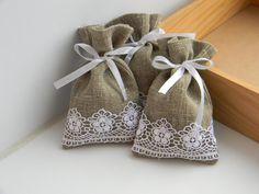 Natural rustic linen and lace wedding favor bags Burlap Projects, Burlap Crafts, Lavender Bags, Lavender Sachets, Burlap Favor Bags, Sewing Crafts, Sewing Projects, Lace Bag, Burlap Lace
