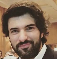 Engin Akyurek Looking Gorgeous, Beautiful, Best Actor, Best Tv, Tv Series, Handsome, Couples, Instagram, Beards
