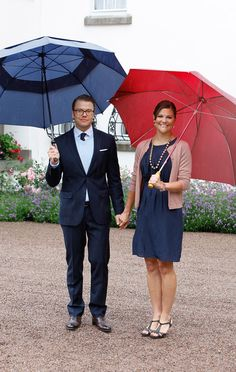 Princess Victoria Photos Photos - Crown Princess Victoria of Sweden and Prince Daniel, Duke of Vastergotland attend Crown Princess Victoria's birthday celebrations at Solliden on July 14, 2011 in Borgholm, Sweden. - Swedish Royal Family Celebrates Crown Princess Victoria's 34th Birthday