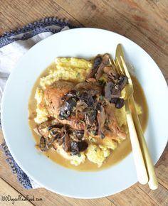 Chicken and Wild Mushroom Skillet via @Leake100Days