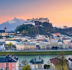 Die #Festung #Hohensalzburg ist ein echter Blickfang hoch über den barocken Türmen der Stadt. Als weithin sichtbares Wahrzeichen ist die Burg unverkennbarer Teil der weltberühmten Silhouette #Salzburgs. Mächtig erscheint sie dem Besucher aus der Ferne, hautnah wird hinter ihren dicken Gemäuern Geschichte erlebbar. . . #NoFilter#Salzburg#linz#graz #munchen #zellamsee #hallstatt #altstadt #sanktjohann #europe #deutschland #photography #model #tbt #fest #october #girl #urlaub #frau #servus… Salzburg, Zell Am See, Hallstatt, Dolores Park, Road Trip, Travel, Silhouette, Europe, Linz