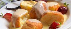 Recept Buchtičky s vanilkovým krémem Fruit Salad, Pudding, Food, Meal, Eten, Fruit Salads, Puddings, Meals, Avocado Pudding