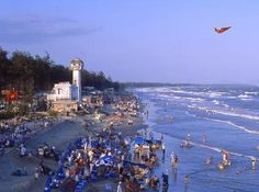 To most tourists, Vung Tau is most interesting and loved for its extensive beaches. Tourists always prefer sightseeing at Front Beach (Bai Truoc) to go swimming in Back Beach (Bai Sau).
