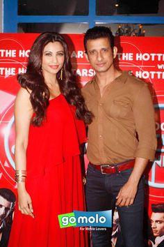 Daisy Shah & Sharman Joshi at the Promotion of Hindi movie 'Hate Story 3' at Zoom party in Mumbai