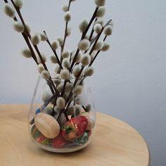 DIY hnízdečko a tipy na jarní dekorace z přírodních materiálů Glass Vase, Spring, Home Decor, Decoration Home, Room Decor, Interior Design, Home Interiors, Interior Decorating
