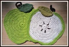 Double Treble Craft Adventures: Teacher's Gift Crochet Apple Dish Cloths
