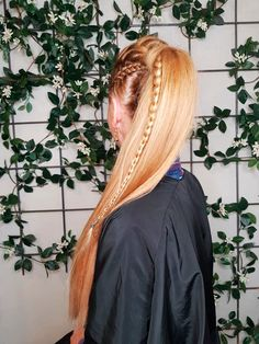 ¡Impresionante!  Coleta con trenzas estilo vikings hair hecho por nuestro artista Íñigo Escalera.  #andressasantana #vikings #hair #look