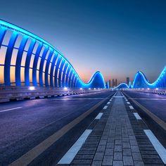 The road to Dubai