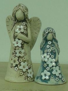 Wonderful Snap Shots Slab pottery angels Popular Check out this awesome photo – what an artistic theme Slab Pottery, Pottery Art, Paper Clay, Clay Art, Clay Projects, Clay Crafts, Clay Angel, Pottery Angels, Ceramic Sculpture Figurative