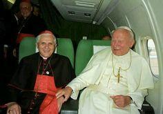 Juan Pablo y Benedicto.