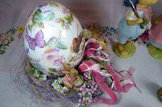 Easter egg by La Bottega di Simona!