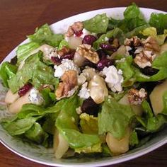"""Tangy Pear and Blue Cheese Salad 
