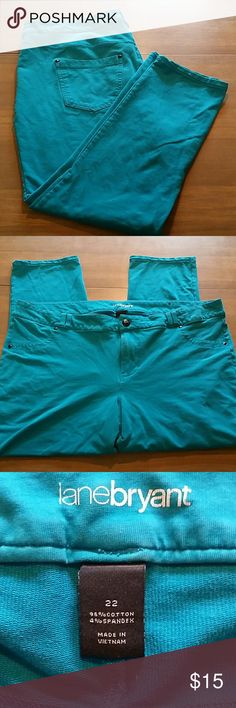 Sz 22 Lane Bryant bright turquoise jeggings pants Really soft, tons of stretch, nice bright turquoise color! Two faux pockets in front, two real ones in back. In excellent condition except for a loose string around front pocket, could easily be clipped off. Please see pictures!  Bundle and save! Lane Bryant Pants Leggings