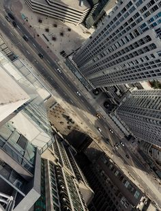 New Rooftopping Show In Paris Will Make Your Heart Stop Photography - Daredevil duo climb hong kongs buildings capture like youve never seen