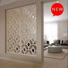 Les artistes tiraient des partitions Conseil creuses à travers ajouré floral trellis écran porche diviseurs écrans grâce à la plaque murale