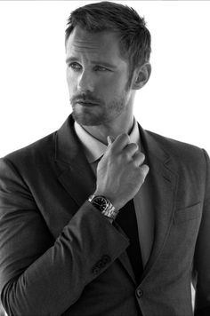"alexanderskarsgardonline: ""Alexander Skarsgard photographed by Nicolas Gerardin "" Skarsgard Brothers, Skarsgard Family, Beautiful Men, Beautiful People, American Film Festival, Alex Pics, Eric Northman, Actrices Hollywood, Hot Actors"