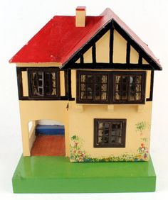 Triang Dolls house, another cute little dollhouse.  .....Rick Maccione-Dollhouse Builder www.dollhousemansions.com