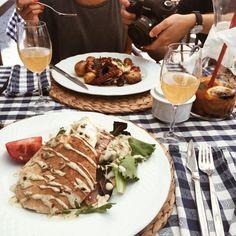 Lisbon Food Guide - 11 Places to eat in Lisbon - Royale Café