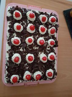 Schwartz kuchen mit kirsche Cake, Desserts, Food, Tailgate Desserts, Deserts, Kuchen, Essen, Postres, Meals