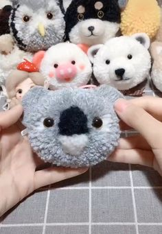 DIY so cute animals from sheep's wool and worsted yarn # yarn animals DIY so cute animals from sheep's wool and worsted yarn Pom Pom Crafts, Yarn Crafts, Felt Crafts, Sewing Crafts, Paper Crafts, Pom Pom Diy, Diy Crafts Hacks, Diy Home Crafts, Diy Arts And Crafts