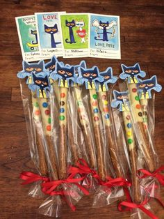 Pete the cat and his four groovy buttons valentines My Funny Valentine, Cat Valentine, Valentine Crafts, Pete The Cats, Classroom Treats, Kindergarten Classroom, Cat Activity, Cat Birthday, Third Birthday