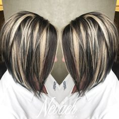 platinum blonde highlights Super fun & chunky highlight/lowlight by Lindsey Hair Color Auburn, Auburn Hair, Brown Hair Colors, Dark Brown Hair With Blonde Highlights, Hair Color Highlights, Chunky Highlights, Caramel Highlights, Low Lights And Highlights, Dark Blonde