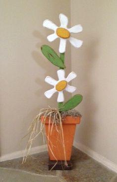 Standing flower pot