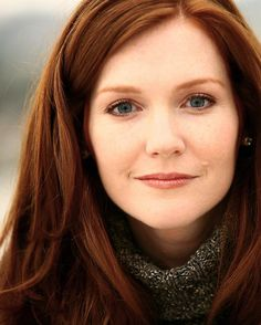 "❤️ Redhead beauty❤️   Darby Stanchfield - TV actress from ""Jericho"" and ""Mad Men"""