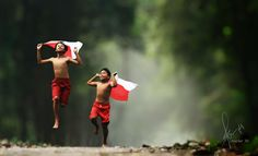 Under The Same Flag by Herman Damar on 500px