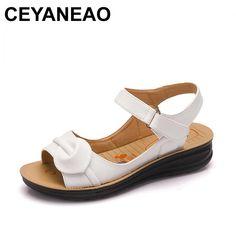 a51fdad2df402e CEYANEAO 2018 Summer Women Sandals