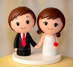 Custom Wood Wedding Cake Topper Peg Doll di CakeToppersStudio