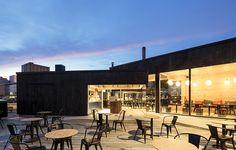 Fika fint av Talli Architecture & Design, foto Tuomas Uusiheimo – http://www.tidningentra.se/notiser/skulptural-form #arkitektur i #trä