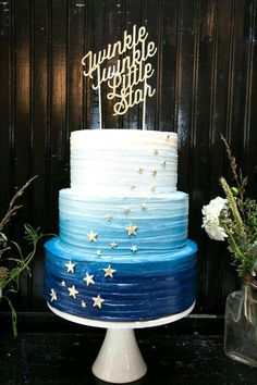 Blue Twinkle Twinkle Baby Shower Cake by Layered Bake Shop Photo by Briana Wollman Star Baby Showers, Boy Baby Shower Themes, Baby Boy Shower, Baby Shower Cakes For Boys, Baby Shower Decorations For Boys, Gender Neutral Baby Shower, Baby Shower Games, Shower Party, Baby Shower Parties
