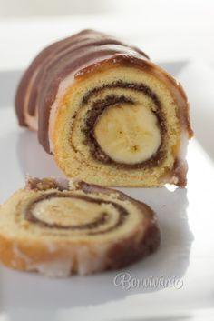 MN: banana roulade - quick and easy Milk Recipes, Cake Recipes, Albanian Recipes, Doughnut, Ale, Sweets, Breakfast, Food, Tiramisu