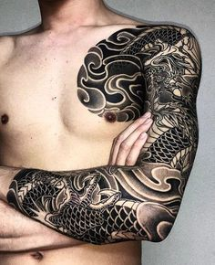 Full Sleeve Shoulder Tattoos For Men - Shoulder Tattoos For Men: Best Shoulder Tattoo Ideas and Cool Designs For Guys - Chest, Arm, and Back Shoulder Tattoos Asian Tattoos, Trendy Tattoos, Popular Tattoos, Black Tattoos, Tattoos For Guys, Japanese Tattoo Designs, Japanese Sleeve Tattoos, Full Sleeve Tattoos, Tattoo Japanese