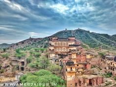 #Amazing view of #amer #heritage Haveli and #mountains